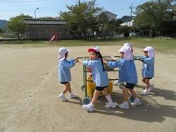 幼稚園 係の仕事 4月12日(木)