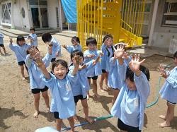 幼稚園 泥水あそび 6月18日(月)