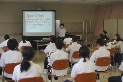 6/1(月)    中学校 総合的な学習の時間発表会