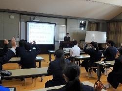 3/17(水)    中学校総合的な学習の時間発表会